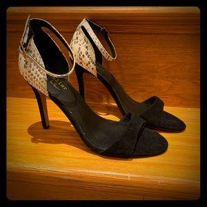Women's Size 8.5 Heal Sandals